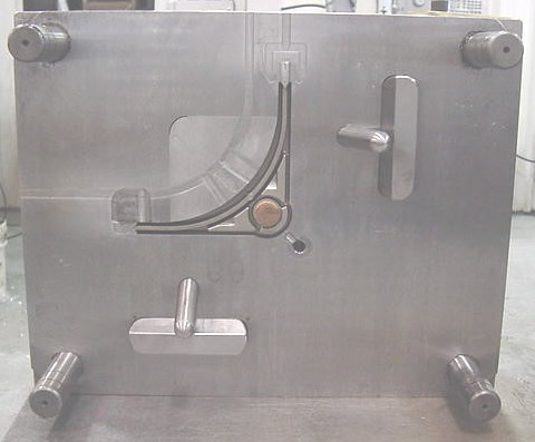 injection molding a plate